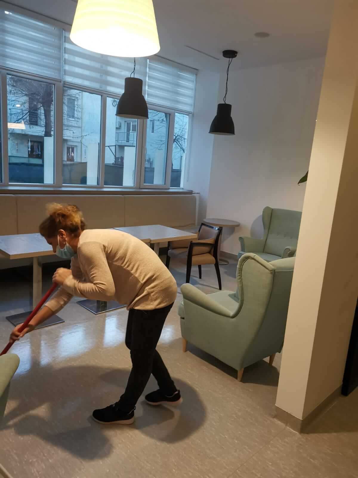 curatenie spatii birouri